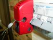 13: Verriegelungssystem für Kippsicherungen gesichert mit Plombendraht